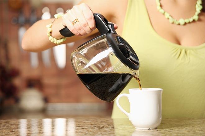 как-отстирать-кофе-с-одежды